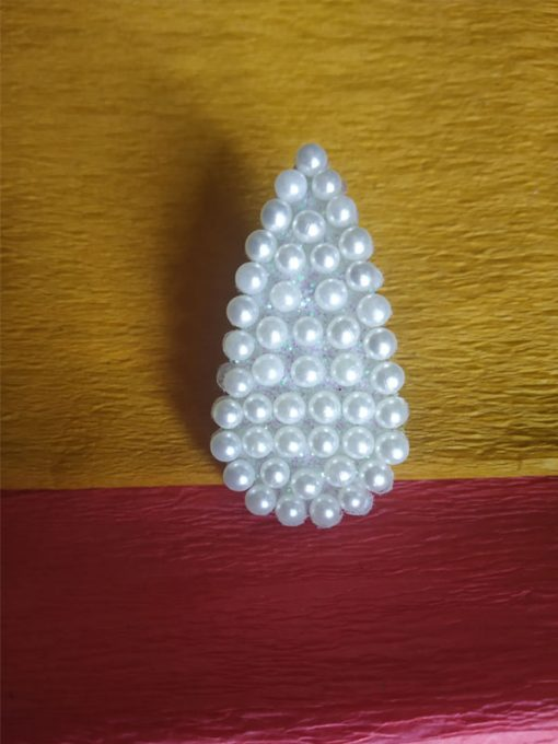 Trendilook Pearl Clip Mehendi Design