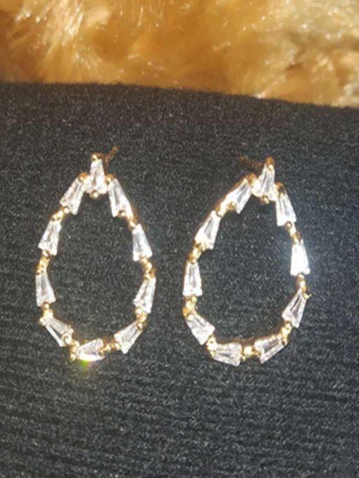 Trendilook Premium Quality AD Cute Leaf Stud Earring