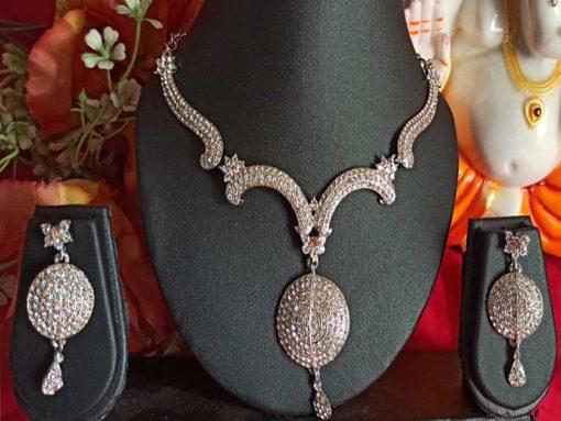 Trendilook Stone Necklace Set