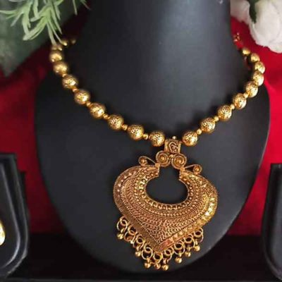 Trendilook Gold Plated Necklace Set